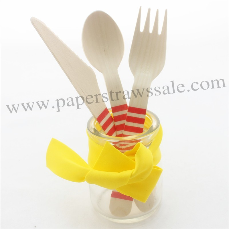 Disposable Dinnerware Red Striped Christmas Wooden Cutlery Set 150pcs